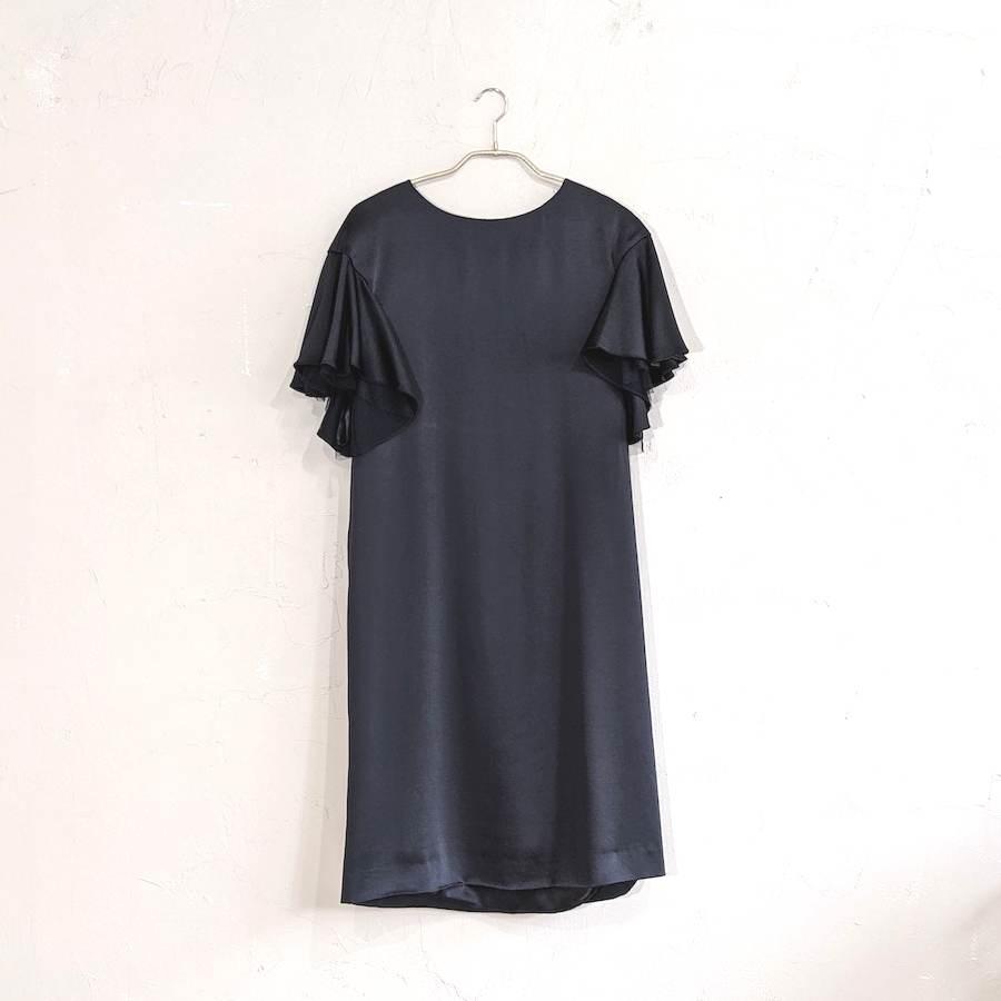 袖付きシンプルパーティードレス M/Freeサイズ ブラック