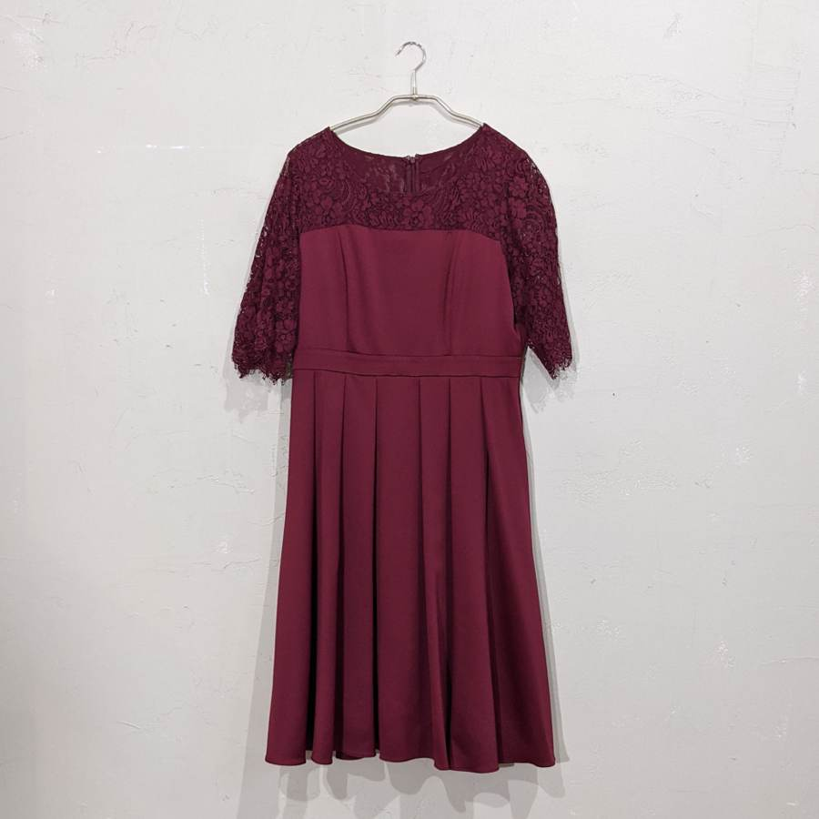 Dorry Doll 2wayオーバースカート付きデコルテシアーレース切替サテンミモレ丈ワンピース 3Lサイズ レッド