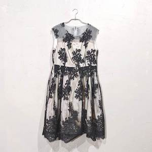 Dorry Doll 花柄刺繍入りサッシュベルト付きチュールレースドレス 2Lサイズ ブラック