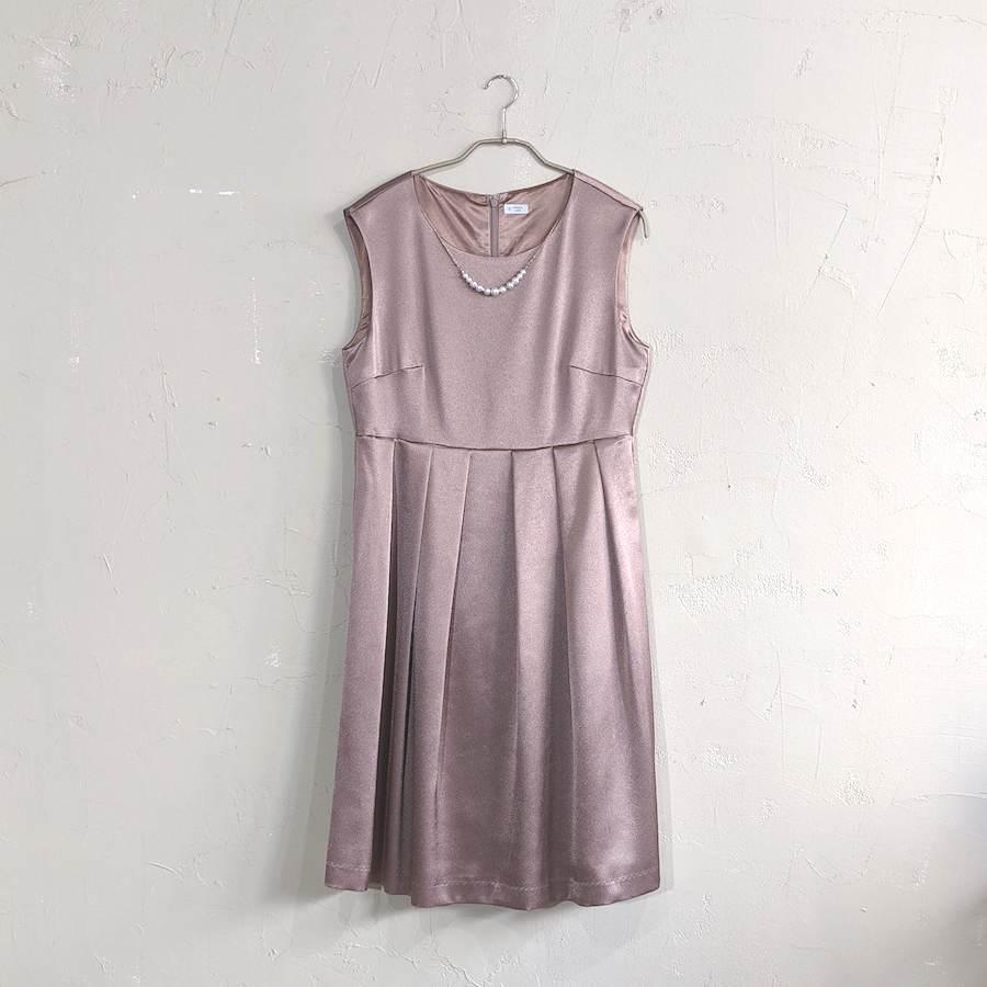 Dorry Doll ウエストタックサテンワンピースドレス 2Lサイズ ゴールド
