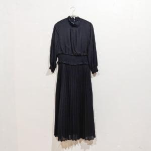ウエストシャーリングスカラネックドレス Lサイズ ブラック