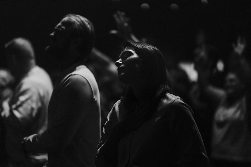 woman pastor worshipping at church in omaha nebraska