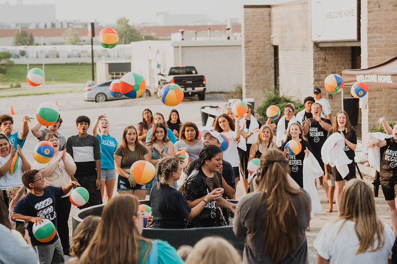 youth ministry in omaha nebraska baptizing young people