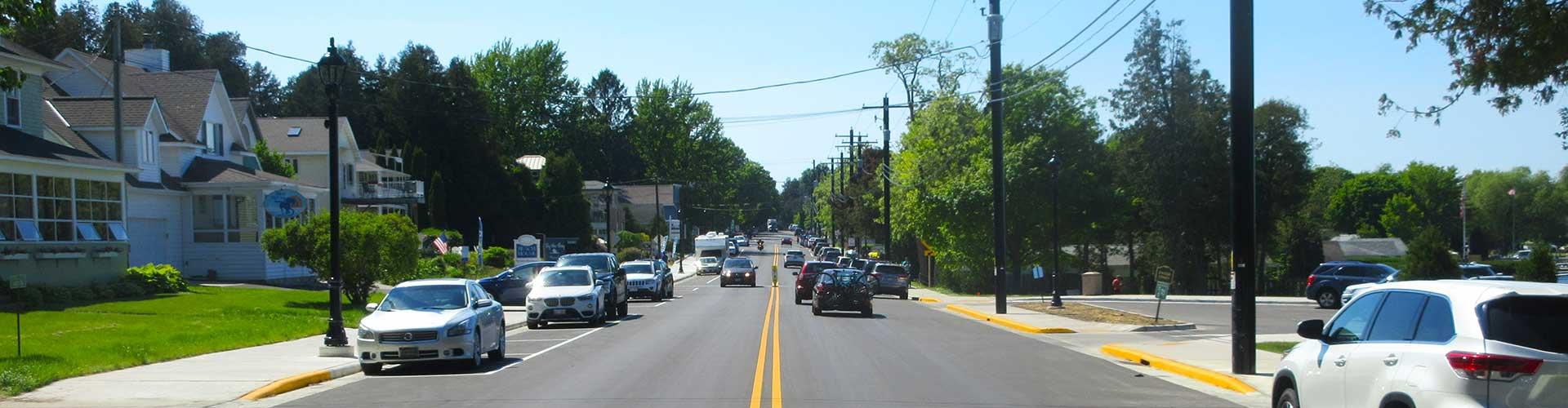 WIS 42 as rural main street in northern Wisconsin