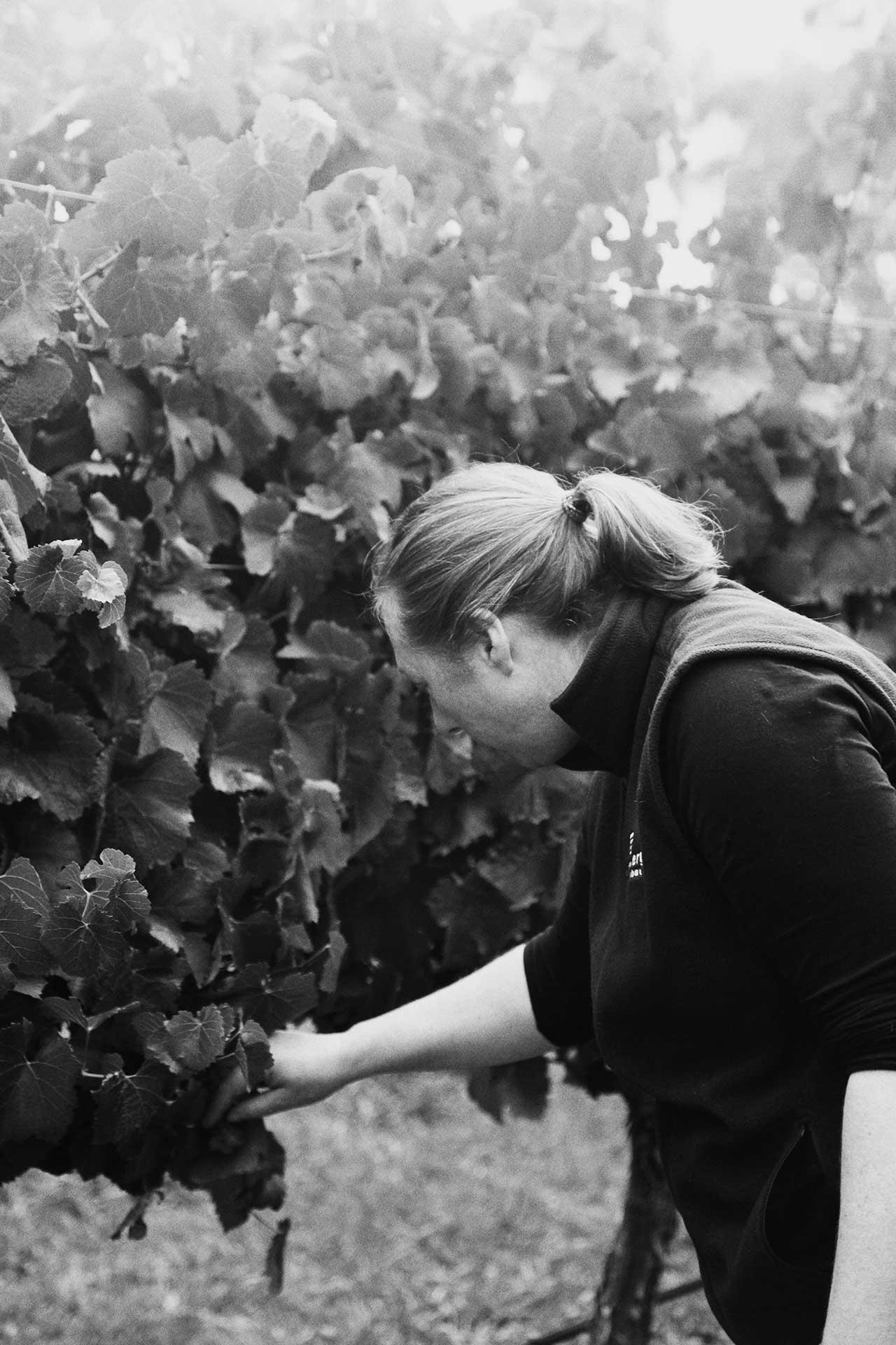 Caroline in a field, black and white.