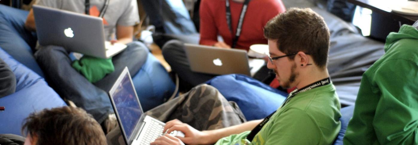 Digitalisering i Danmark: Hvordan anvender virksomheder og private IT i Danmark?