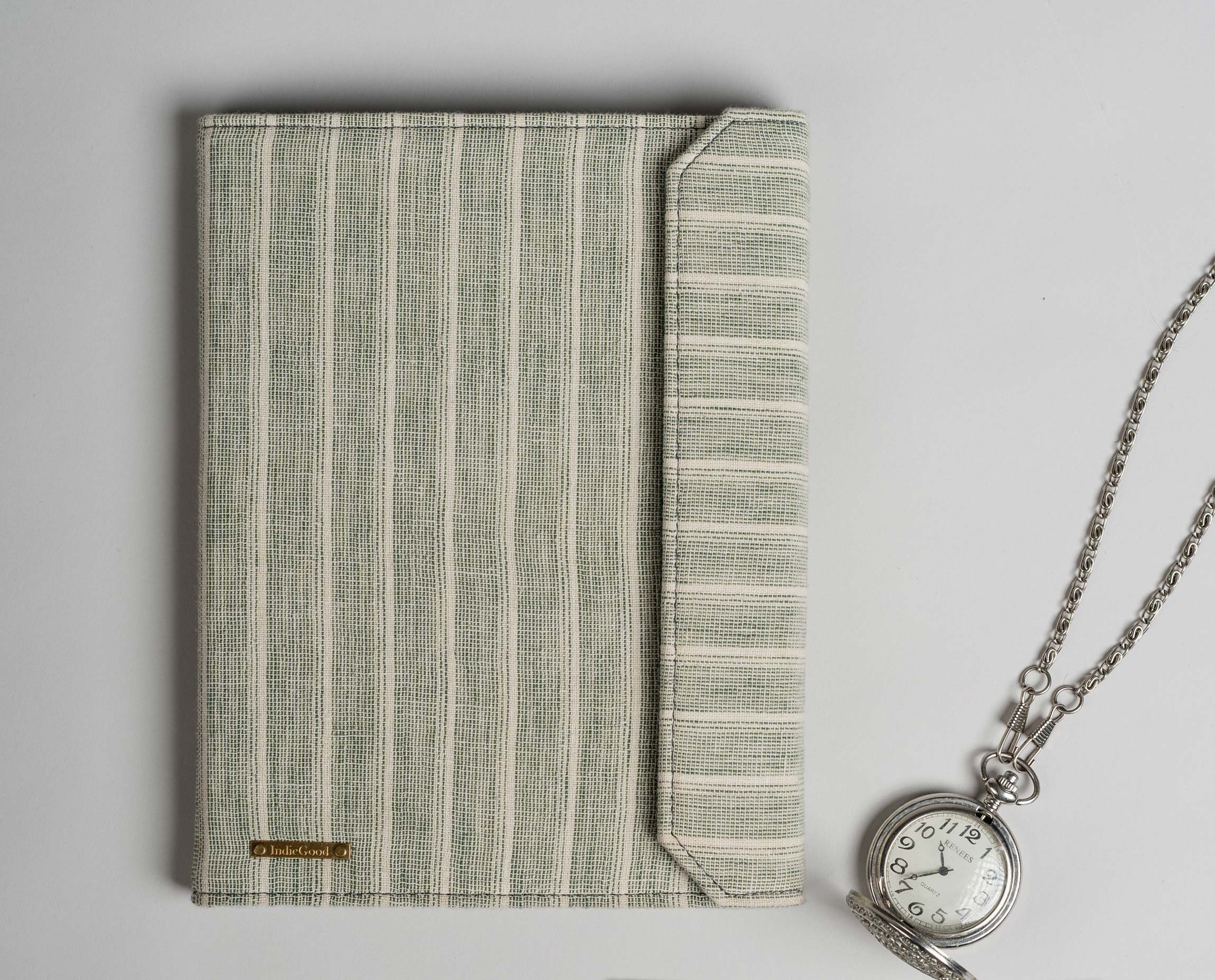 In a world full of screens, writing in a physical diary is more of a meditative process than just jotting something down. This diary organizer helps you keep your journaling and writing habits organised and comfortable in an overly distracted and digitized world. It comes with an A5 size diary made of handmade paper and is super convenient to carry along on the go.