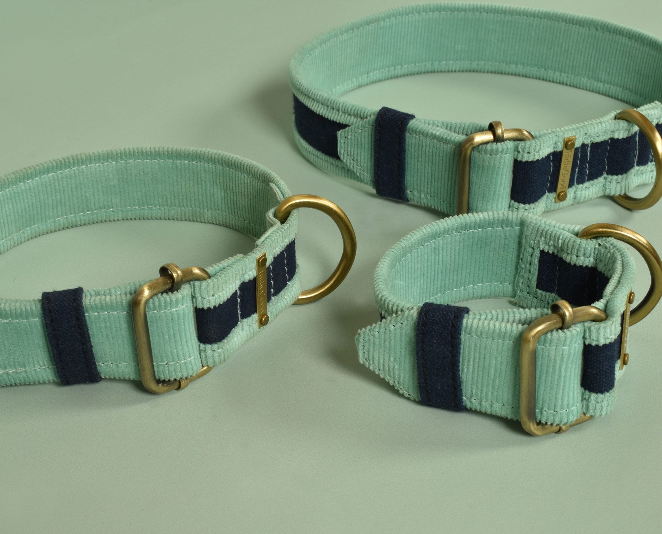 """""""This Collar for your furry friend is made of organic Corduroy and Canvas that is soft on your pooch's skin so that nothing can tamper his/her playtime. When you attach it to the leash, the collar is sturdy and prevents rashes on your beloved fur ball. There are 3 available sizes to make sure our collars are pawfect for every pooch. • Suitable for all dog breeds • Adjustable to give the right fit • Easy to wear buckle closing • The collar is double stitched for strength and durability • Skin friendly"""""""