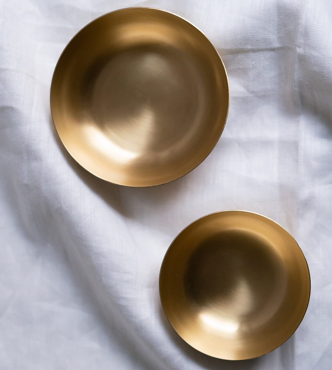 Our heirloom collection is a modern take on traditional materials. Made with pure brass, our bowls are good for serving dals, curries, desserts and all kinds of festive goodies.