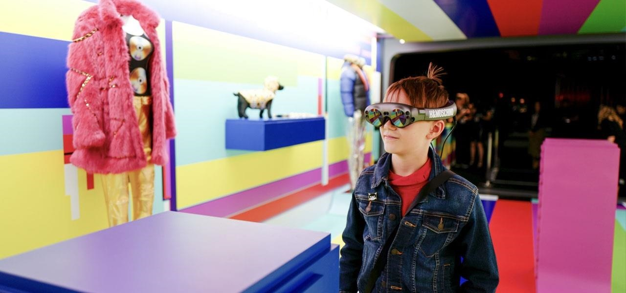 H&M x Moschino Team Up With Magic Leap For AR Fashion Show Experience -  VRScout