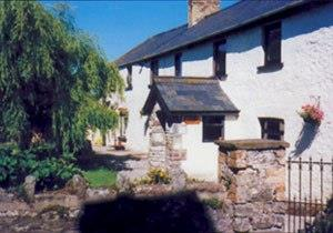 Clawdd Coch Guest House