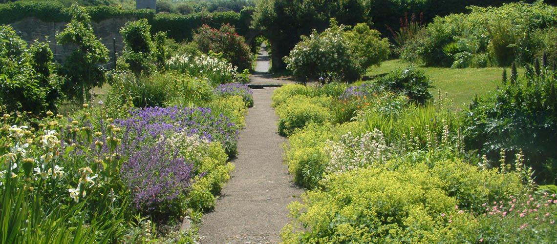 Dunraven Gardens