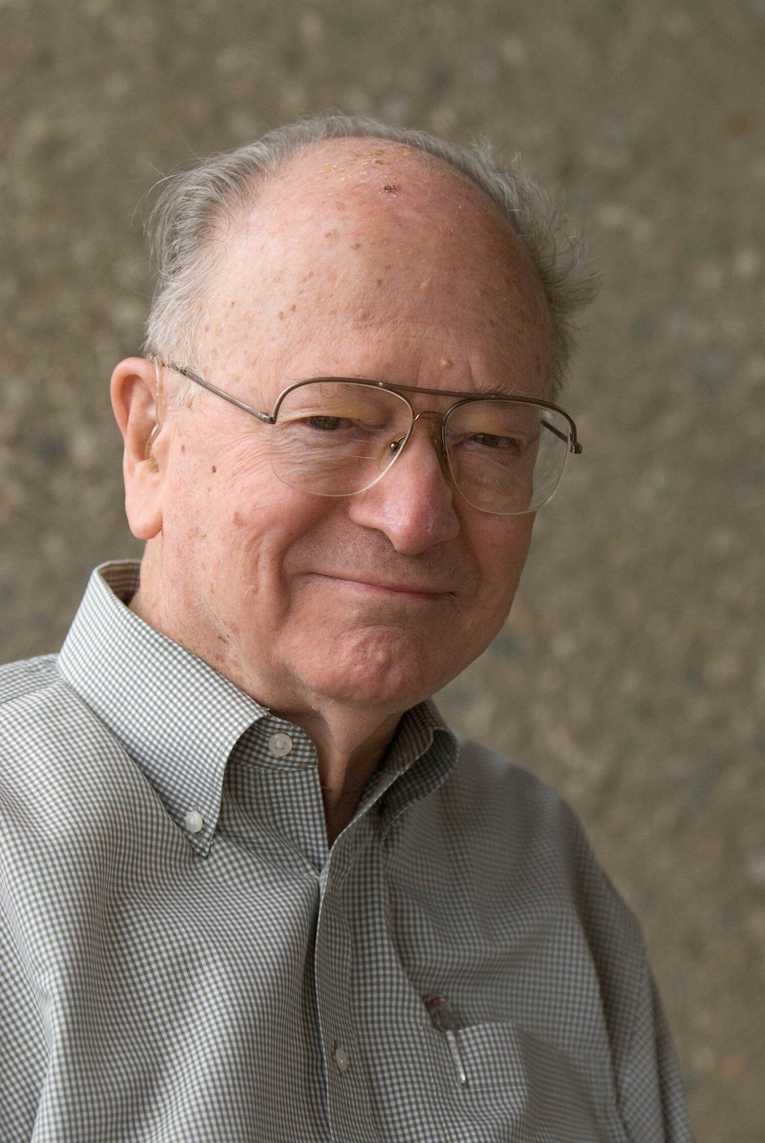 Caltech Mourns the Passing of Professor Clarence Allen (MS '51, PhD '54)