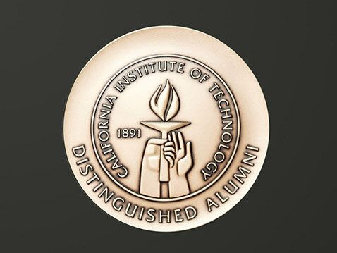 Submit Nominations for the 2021 Distinguished Alumni Award