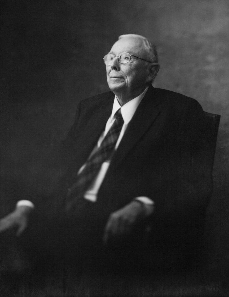 A Conversation with Charles T. Munger (Cert '44, Cavu)