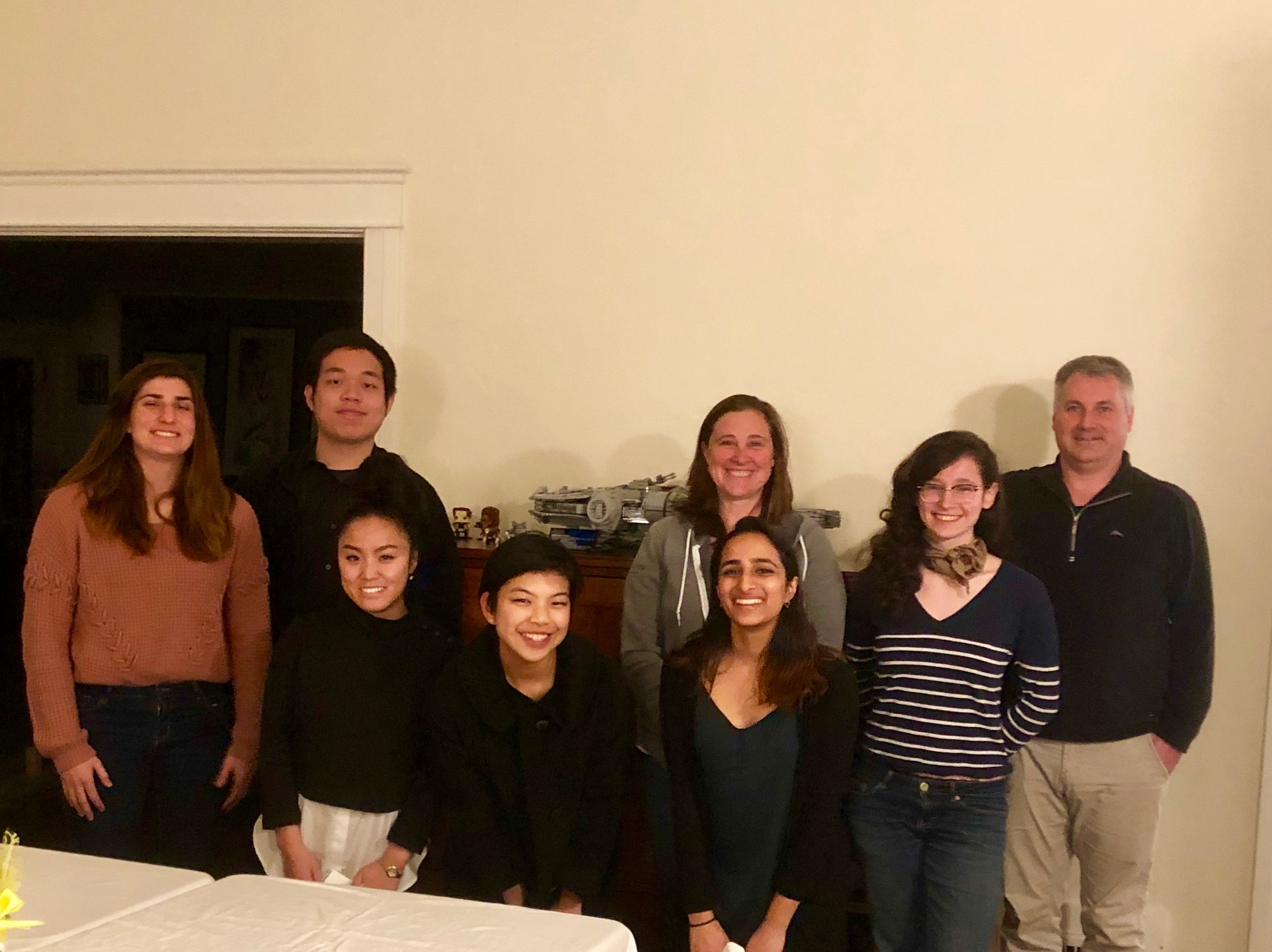 Chris (BS '95) and Jasmine Bryant (BS '95) hosted 6 undergraduate students for dinner at their home in Pasadena on Saturday, February 23, 2019.