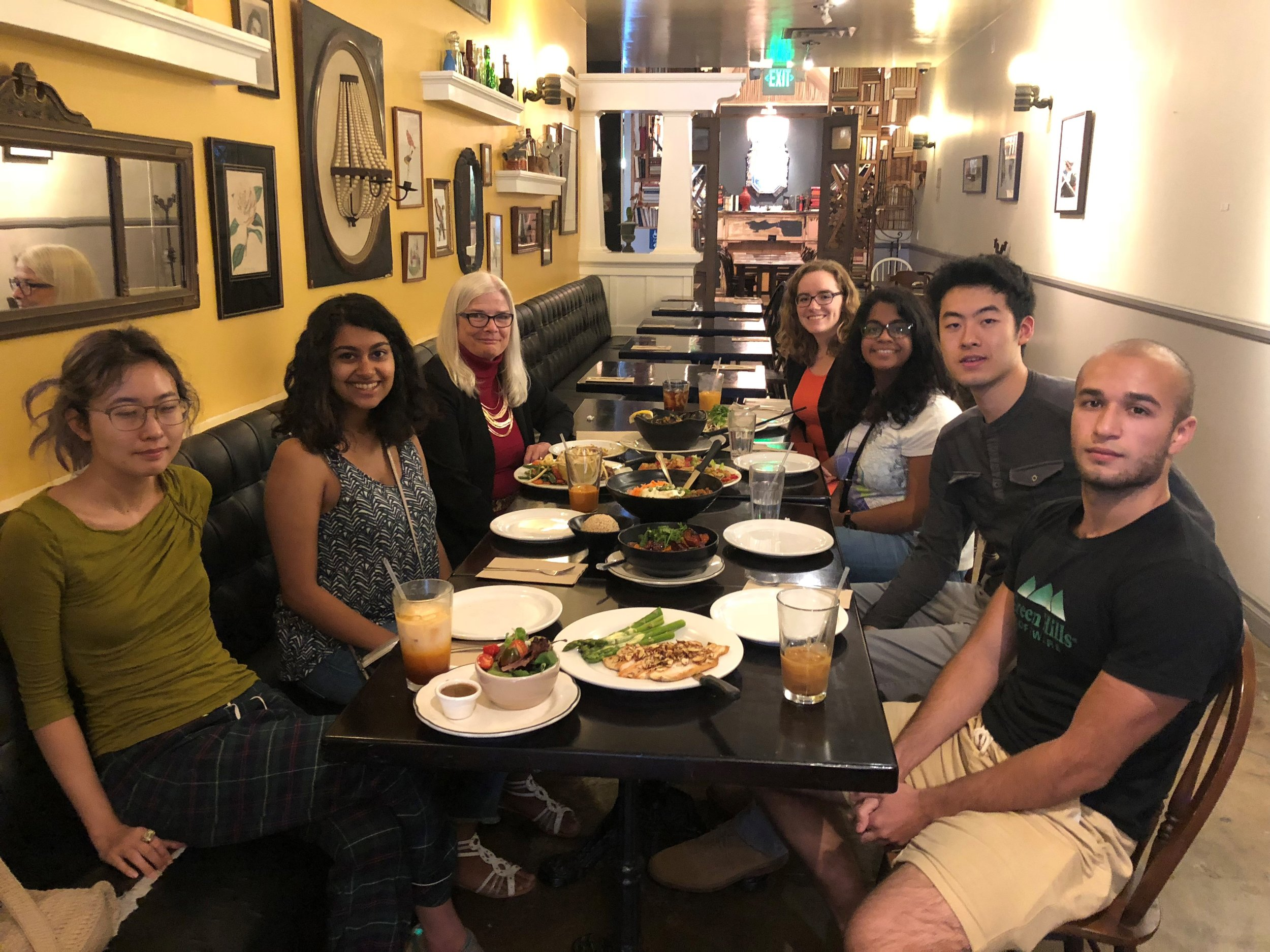 Louise Kirkbride (BS '75, MS '76) hosted 6 undergraduate students for Dinner with Techers at Abricott on Lake on Wednesday, April 25, 2018.