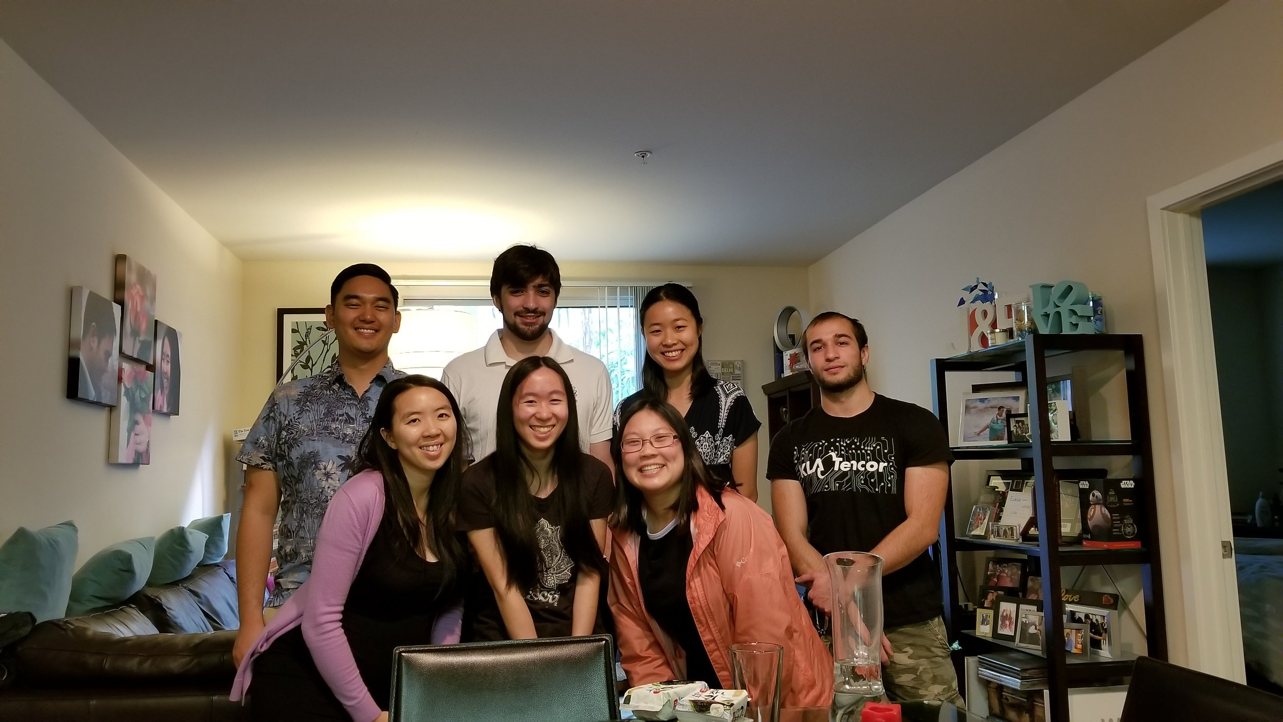 Eddie Truong-Cao (BS '07) took six undergraduate students out to lunch on Sunday, February 11th, thanks Eddie!