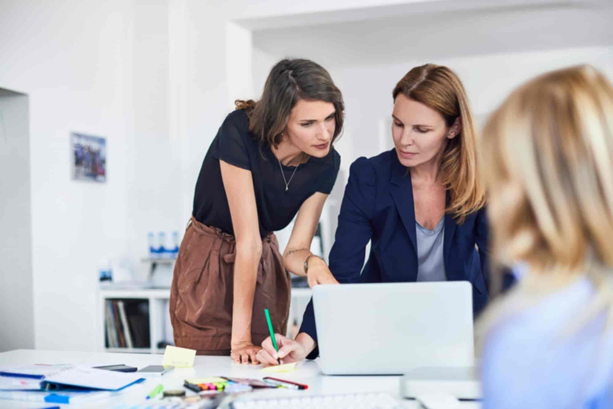 Mulher no mercado de trabalho: qual a importância dessa conquista?