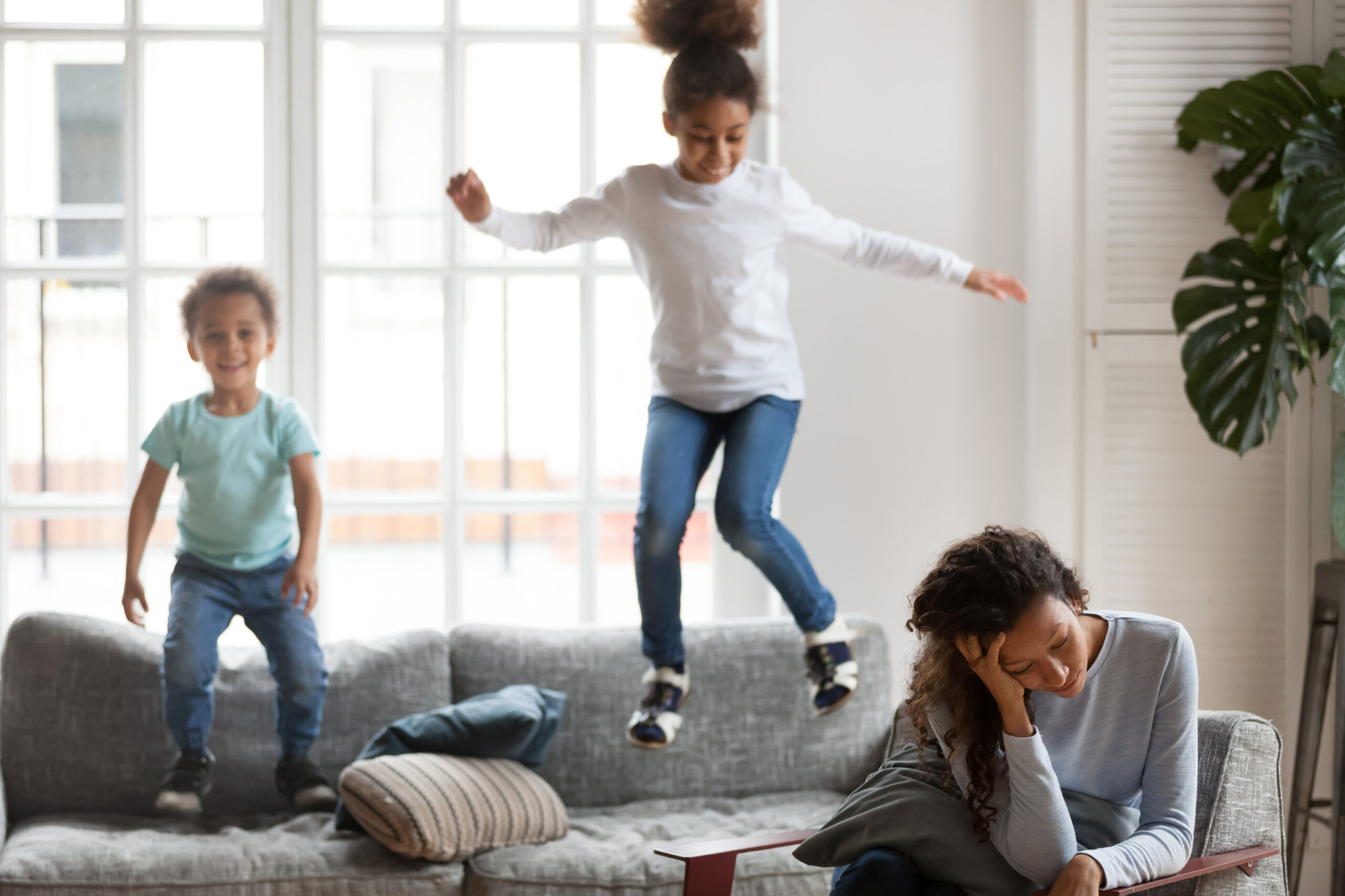 Signs You're a Burnt Out Mom and How to Bounce Back Quickly