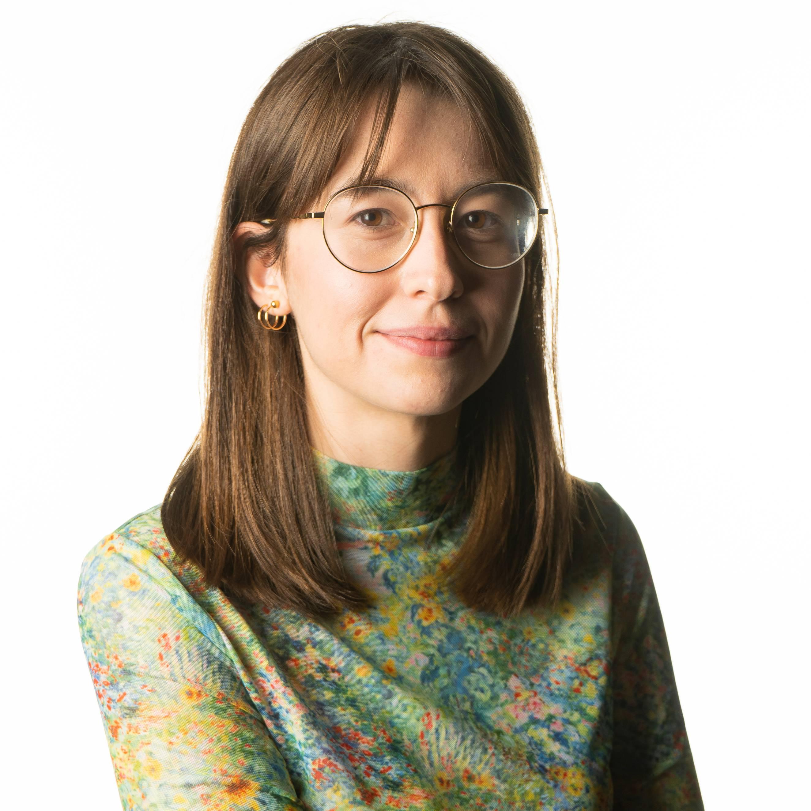 Photo of FMTV Graduate Olivia Wozny