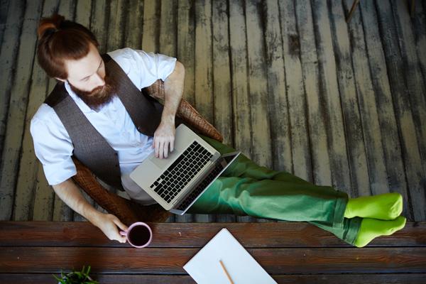 العمل الحر والعمل التقليدي - مجموعة معرفة