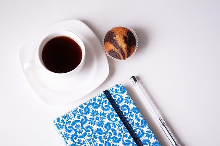 Heb koffie bij je ontbijt vergadering