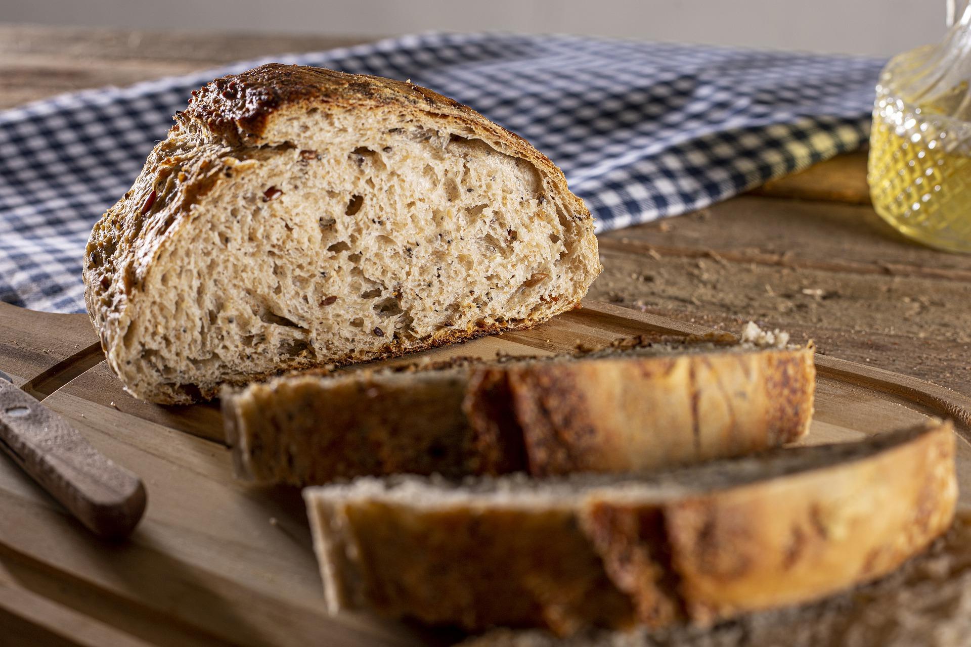 美味しいパンとチーズの食べ合わせとは?