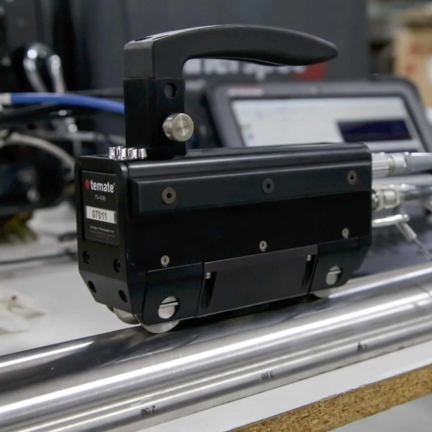 Detailed view of the scanner for boiler inspection with TG-IS (B) instrument