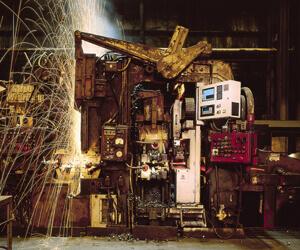 Flash-butt welds in steel mills system in action