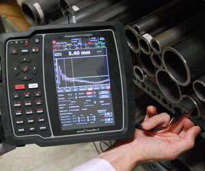Thickness measurement with DCUT (Dry-Coupled UT) sensors