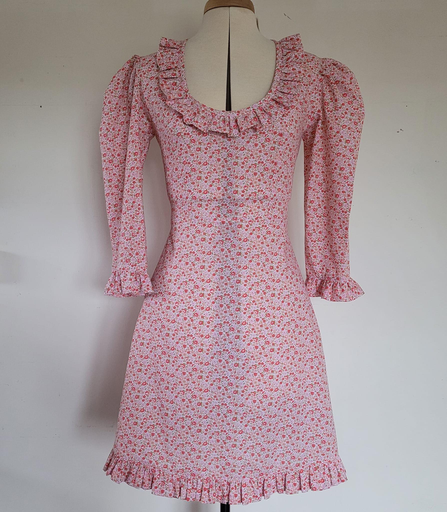 Frill scoop neck Midi dress