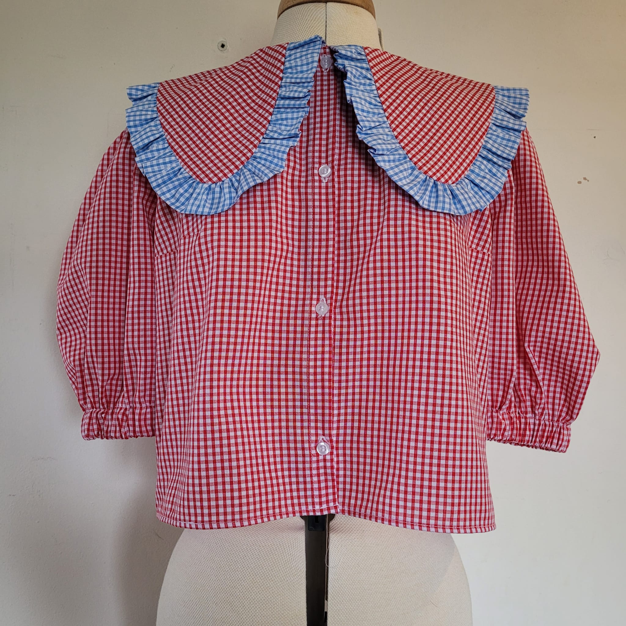 Frill collar blouse with contrast trim
