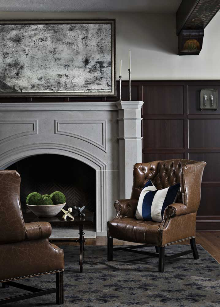 Birmingham Country Club sitting area details and fireplace
