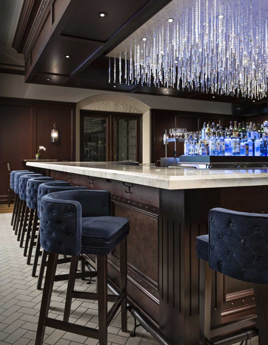 Birmingham Country Club bar inside the clubhouse