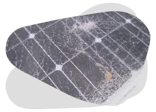 Pour remplacer le verre d'un panneau solaire suivez les étapes données par Nouvel'R Énergie