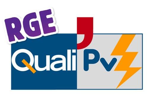 Vérifiez les qualifications des techniciens photovoltaïques