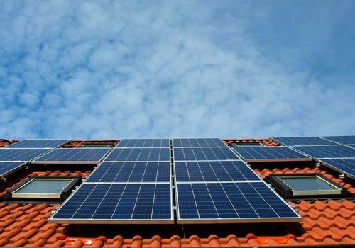Vérifiez l'état visuel de vos panneaux solaires