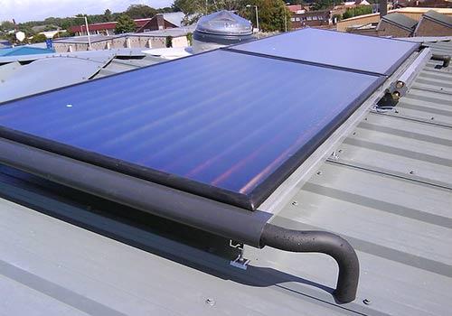 Trouver un bon réparateur qualifié pour les panneaux solaires thermiques.