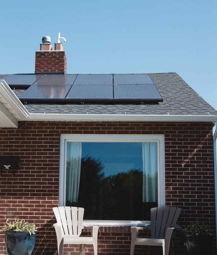 Dépannage des panneaux solaires couverts par l'assurance après une canicule.