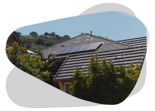 Découvrez le fonctionnement des panneaux solaires grâce à Nouvel'R Énergie.