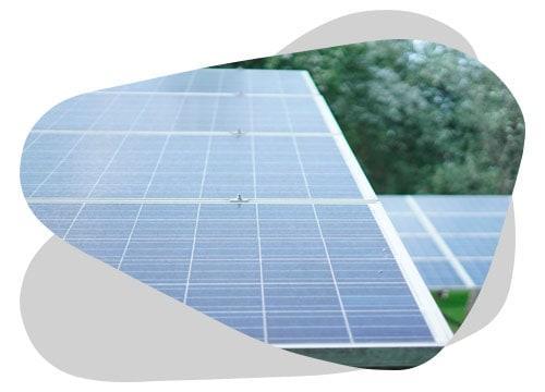 Connaître le prix des panneaux photovoltaïques vous permet d'acheter votre installation au prix juste.
