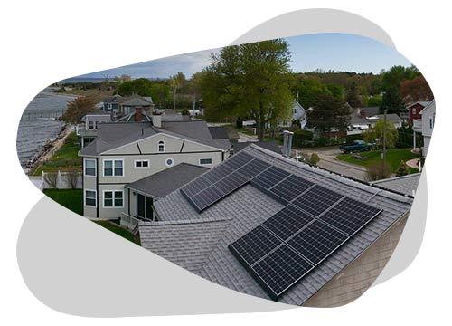 Entre panneau solaire français et d'ailleurs, découvrez quelle marque choisir.
