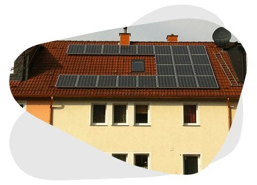 Une toiture photovoltaïque permet de faire des économies.