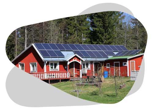 La production d'un panneau solaire en autoconsommation est expliquée par Nouvel'R Énergie