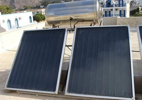 Découvrez l'inclinaison idéal pour un panneau solaire thermique