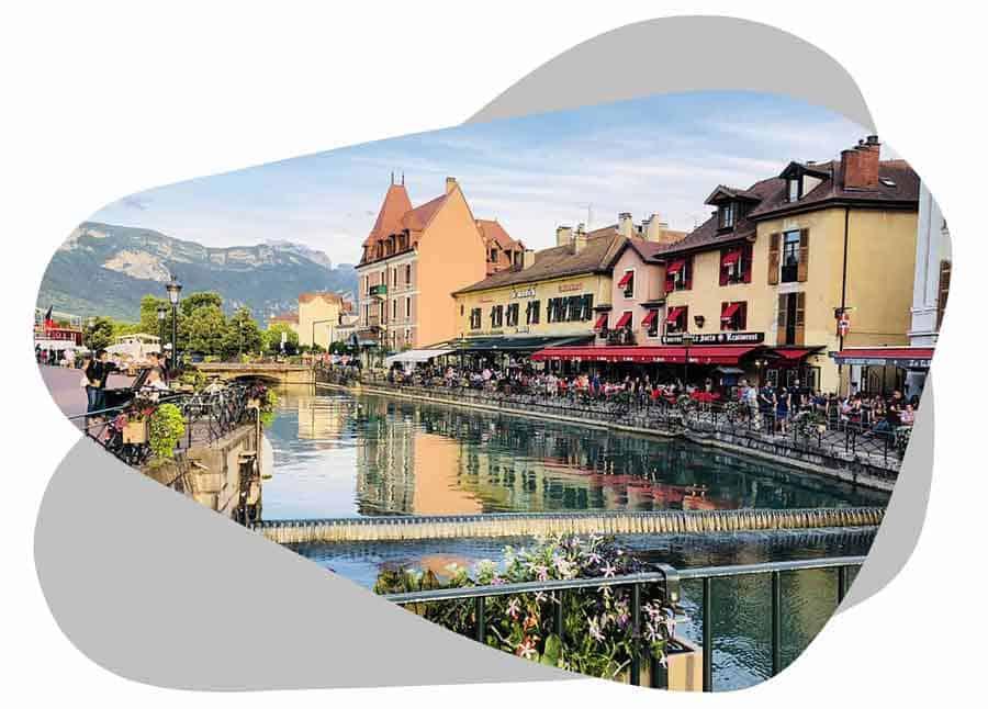 Nouvel'R Énergie intervient à Annecy pour l'installation de vos panneaux solaires