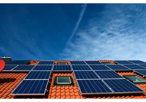 La revente totale de l'énergie de panneaux solaires est rentable pour une maison secondaire.