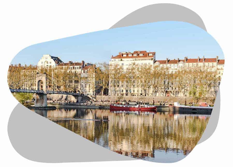 Nouvel'R Énergie effectue votre maintenance photovoltaïque et l'entretien de vos panneaux solaires à Lyon
