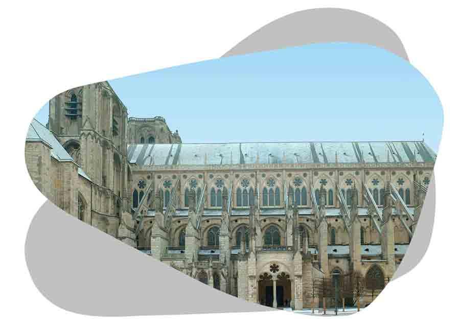Nouvel'R Énergie effectue votre maintenance photovoltaïque et l'entretien de vos panneaux solaires à Bourges